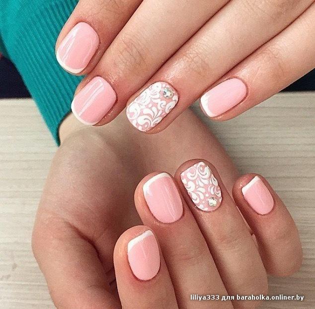 Маникюр на розовых ногтях фото