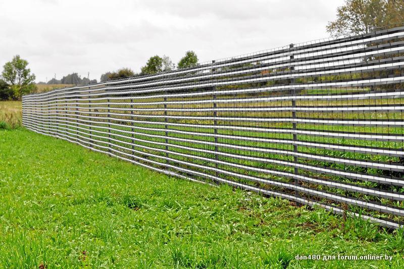 Из чего самый дешевый забор для дачи  598