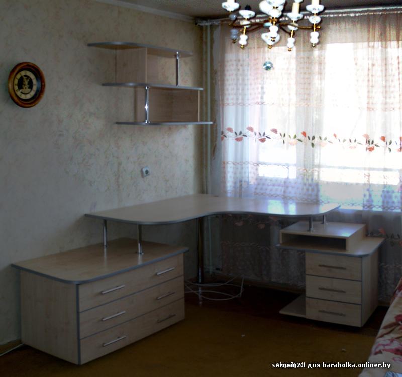Компьютерный стол. под заказ. любой формы. дорого. - барахол.