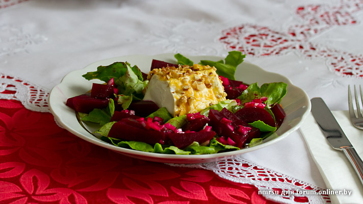 Beet_goat_cheese_salad.jpg
