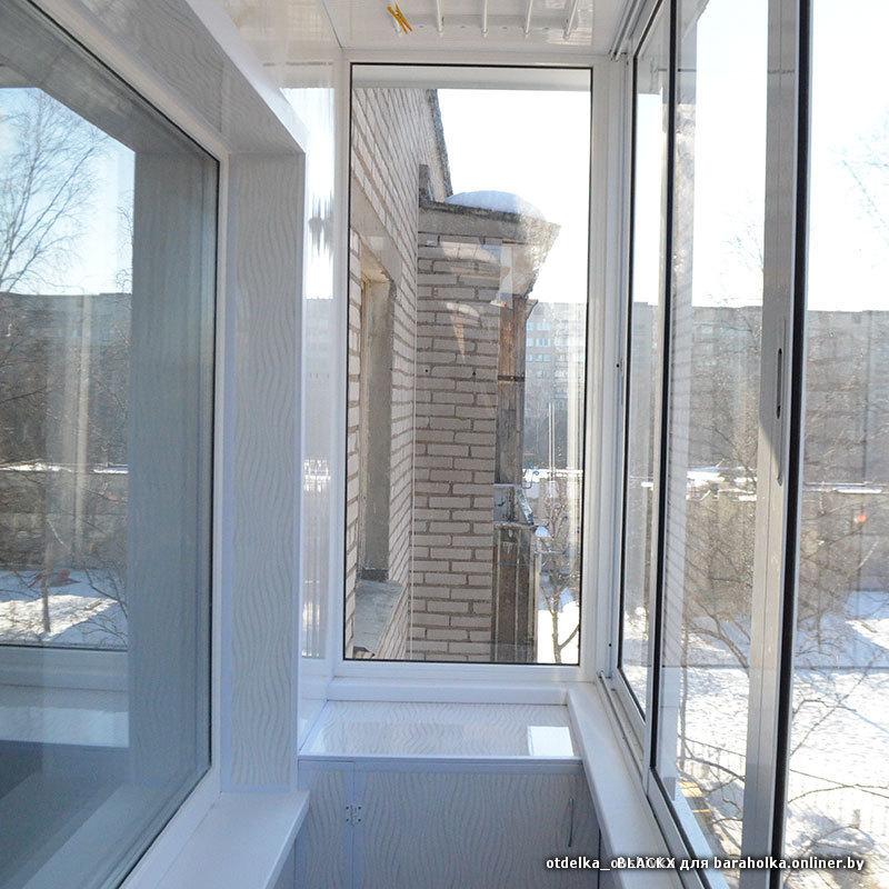Теплое остекление балкона с выносом отделка..