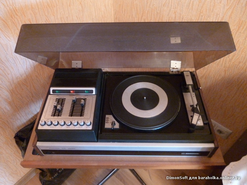 снаряжение: электрофон мелодия-103-стерео