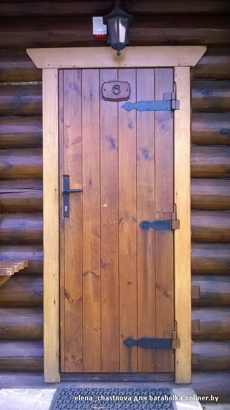 Деревянная входная дверь из досок своими руками