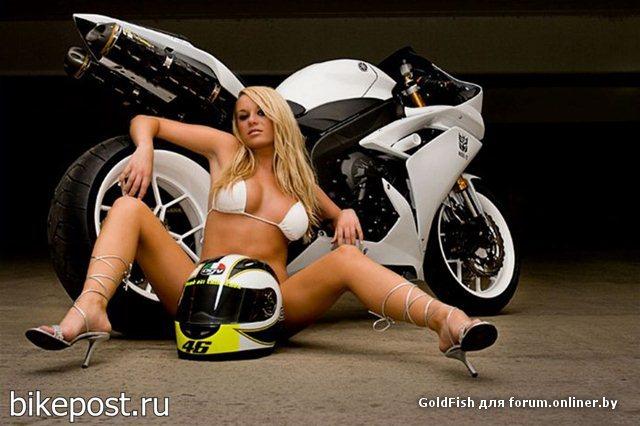 golie-devki-video-striptiz