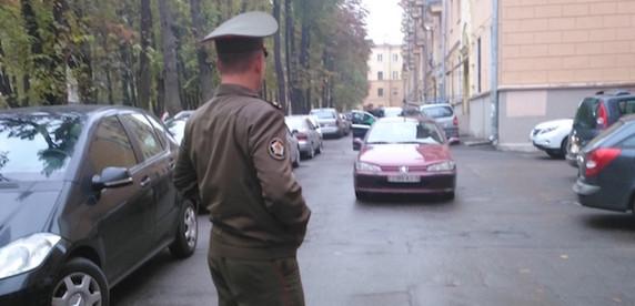 Минчанин: майор, которому сделал замечание за неправильную парковку, чуть меня не избил