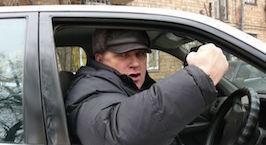 Автомобилист: хаму на дороге надо хамить в ответ