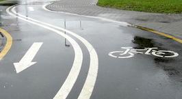 Автомобилист: в Европе ситуация с велосипедами не лучше, чем в Беларуси