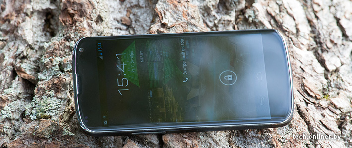 A preliminary review of the smartphone LG Nexus 4
