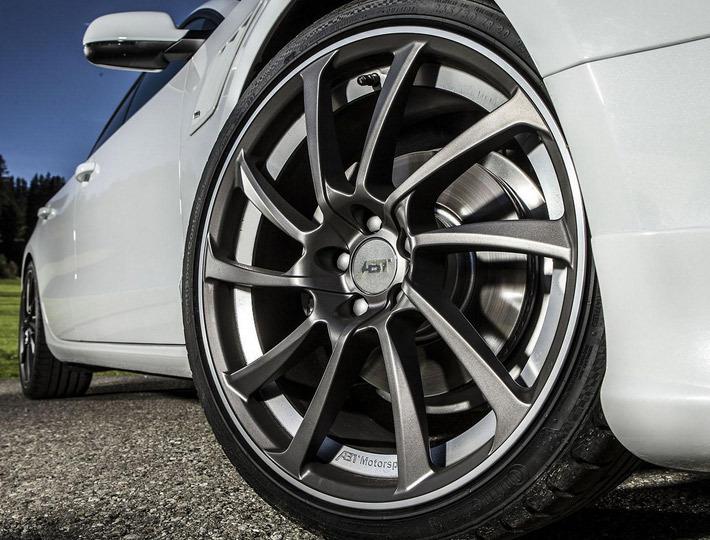 Клиентам предложат несколько вариантов колесных дисков