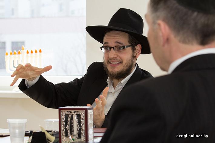 Евреи поимели не кошерную девку, смотреть порно фото лучшие