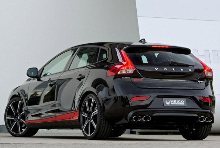 которая была создана в честь юбилея Pirelli.  За основу была взята модель V40 T3, которая после ряда манипуляций...