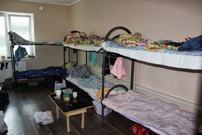 Девушкой в постели в общаге