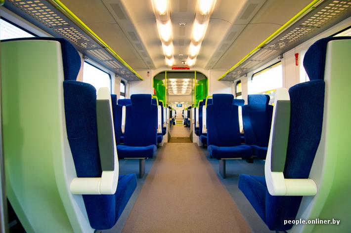 В поезде установлено два