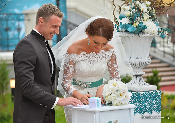 Вдуть невесте пока жених спит фото 771-384