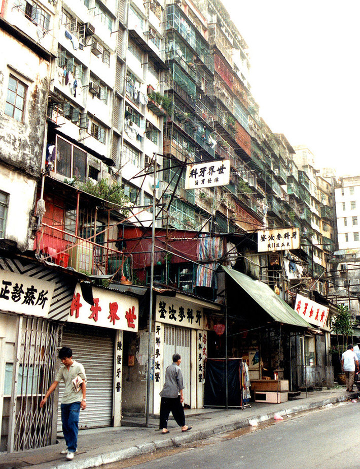 old building disappear in china2 Let's bask in the beauty of manila's old buildings that have gaddis spent two years of his childhood in china and the filipiknow on kapuso mo.