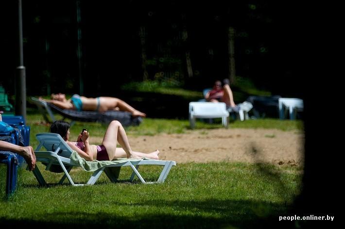 Фото в попу парня на озере фото 763-718