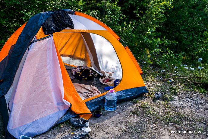 Молодые в палатке за деньги фото 330-371