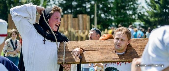 В Дудутках проходит международный фестиваль «Наш Грюнвальд»