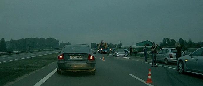 Под Минском в аварию попал Boxster, ехавший в колонне из десяти Porsche