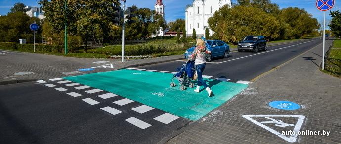 Минск: на проспекте Победителей нанесли специальную велосипедную разметку