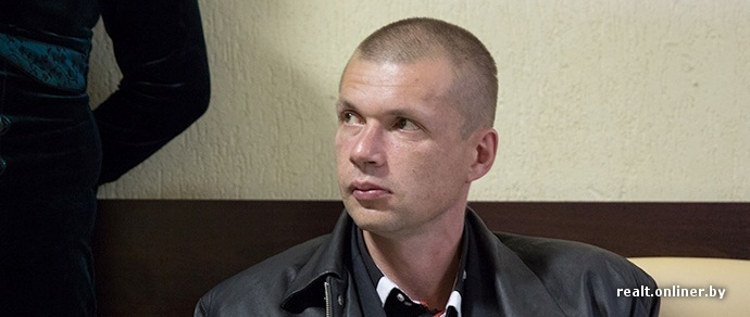 «Квартира наверху превратилась в притон». В Минске начался суд над шумным соседом