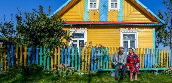 Простое белорусское счастье. История пары, которая отметила свою бриллиантовую свадьбу вместе с 8 детьми, 17 внуками и 7 правнуками