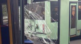 В столице троллейбус «догнал» автобус: пострадавших нет
