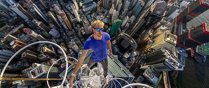 Высотный Гонконг: московский студент забрался на крыши и шпили нескольких небоскребов мегаполиса