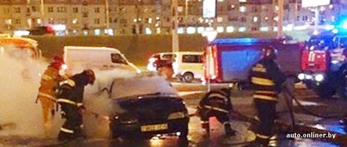 Автопожар в Минске: никто из очевидцев не вызвал МЧС