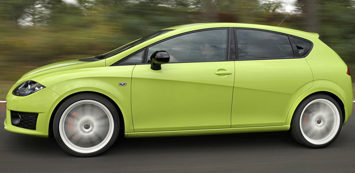 """Топовая модификация Seat Leon - Cupra R продолжит свою """"жизнь"""" на конвейере"""