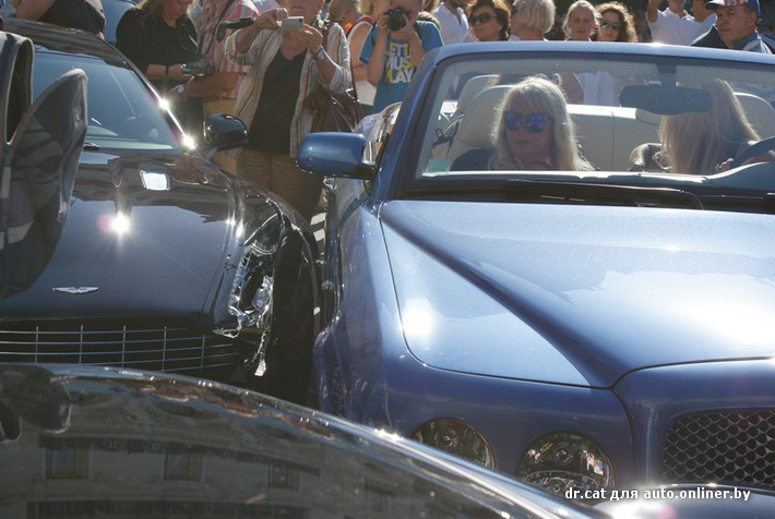 VIP авария в Монако: разбиты Bentley, Aston Martin, Ferrari, Porsche и Mercedes (ФОТО)