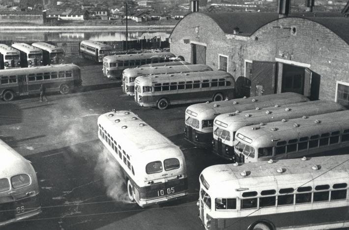 45 автобусов ЗиС-154 и