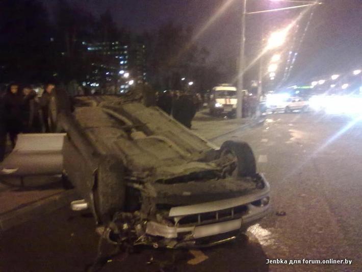 В курасовщине столкнулись скорая и грузовик видеорегистратор видеорегистратор с монитором визант f900lhd