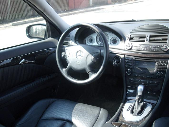 автомобили мерседес е описание деталей в салоне