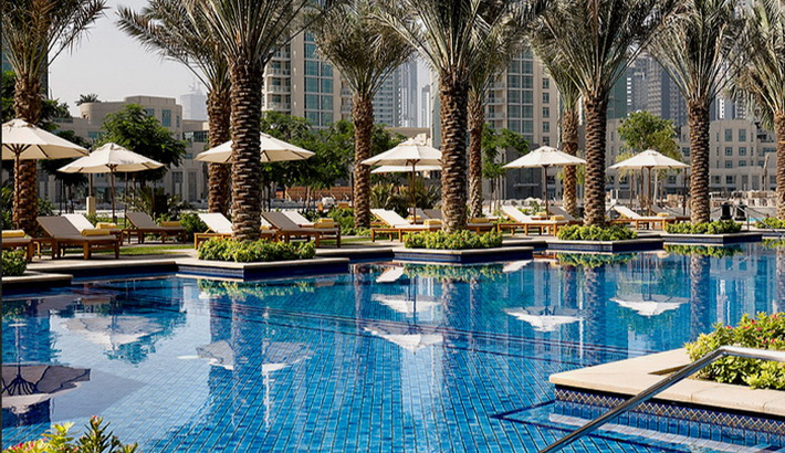 for Burj khalifa swimming pool 76th floor