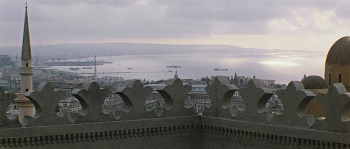 Интересное. «Бриллиантовая рука»: Как Баку Стамбулом стал