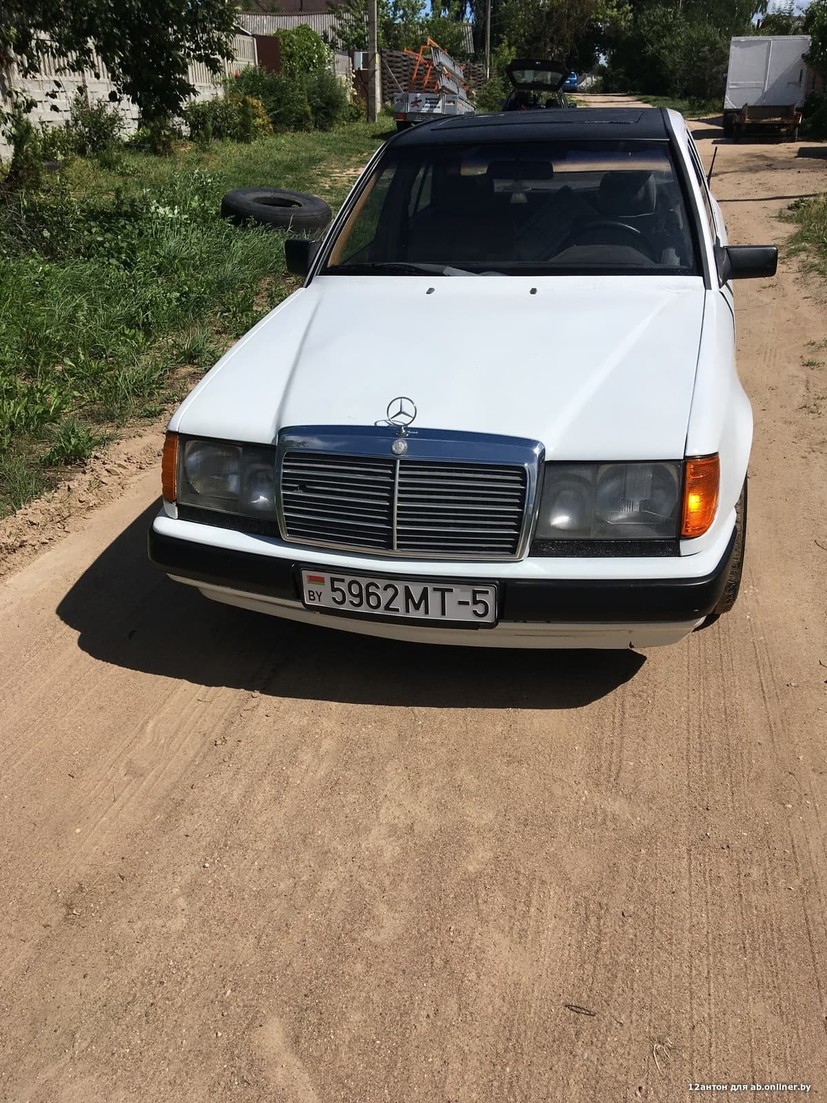 Mercedes-Benz E200 w124