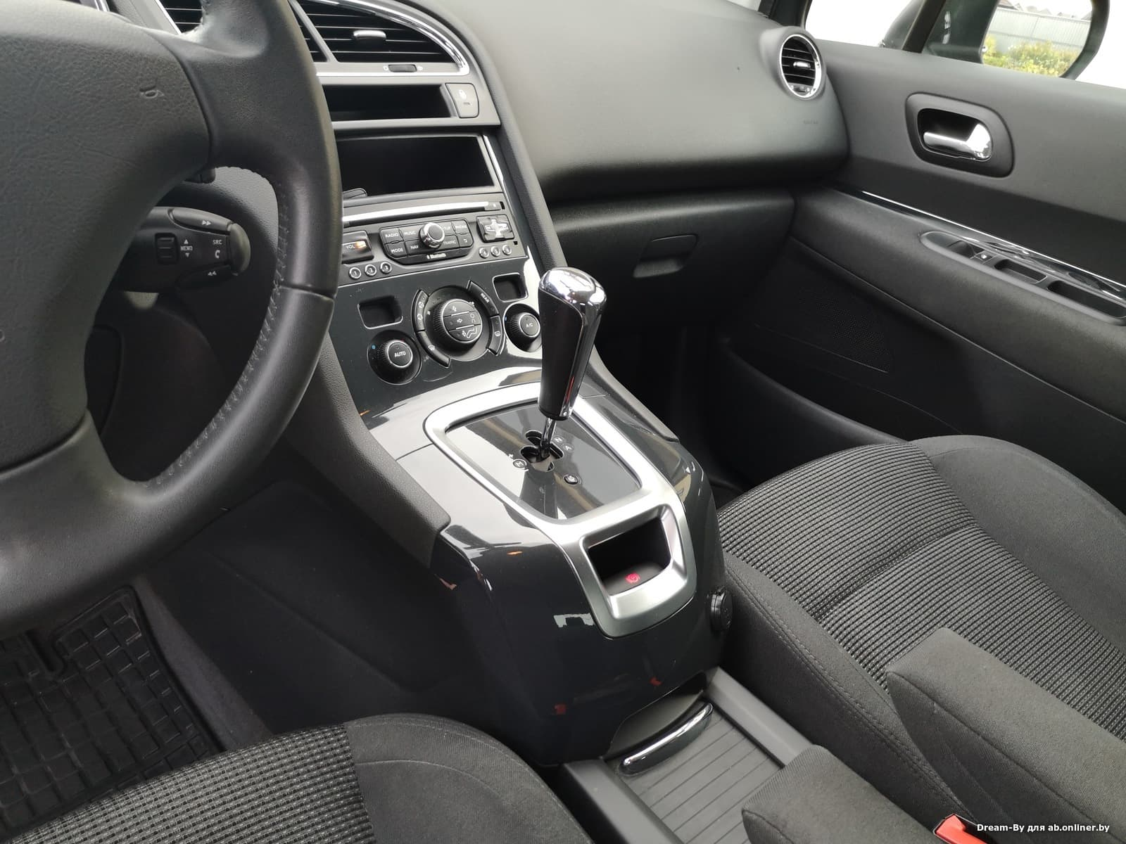 Peugeot 5008 Рестайлинг