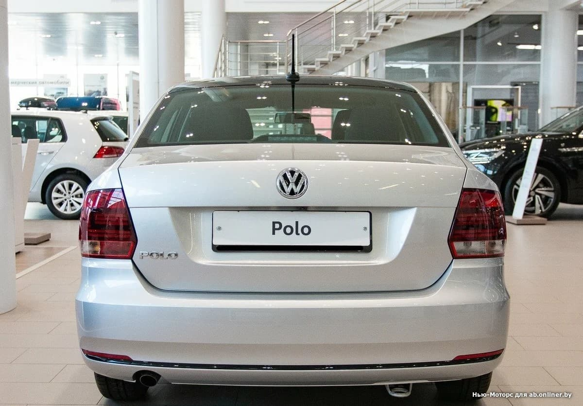 Volkswagen Polo CONNECT 1.6 110 6-АКП