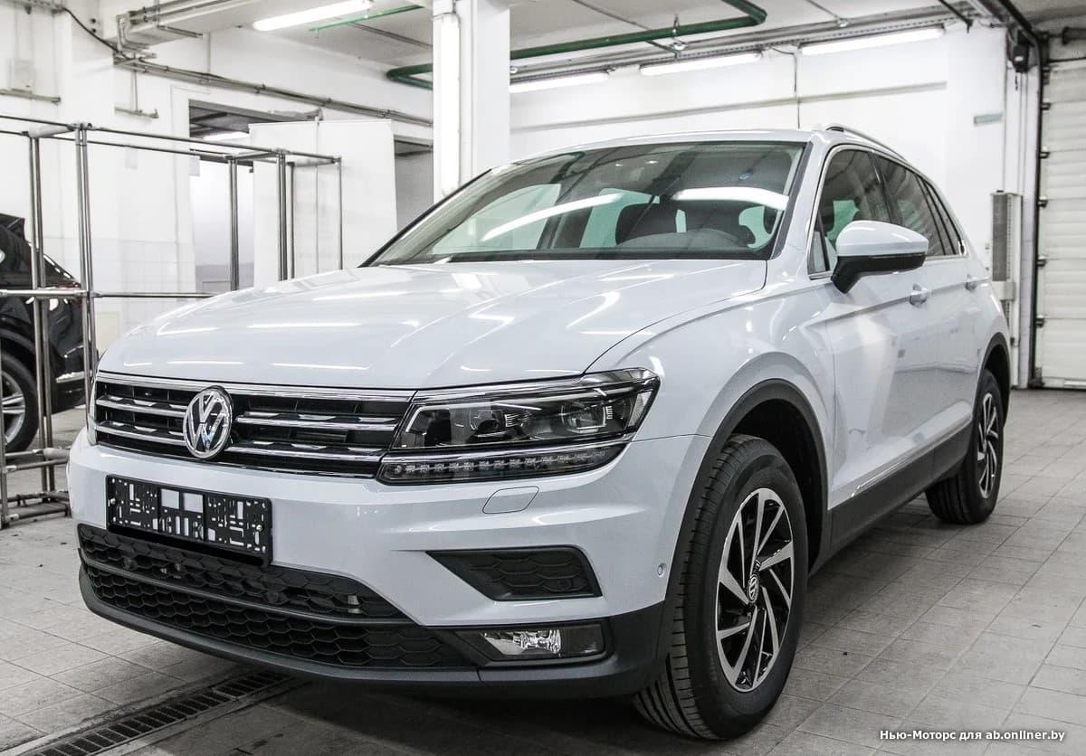 Volkswagen Tiguan CONNECT 2.0 TSI 180