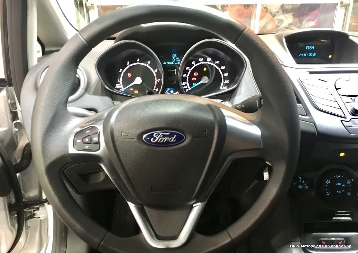 Ford Fiesta TREND 1.6 105 л.с. 5МКП