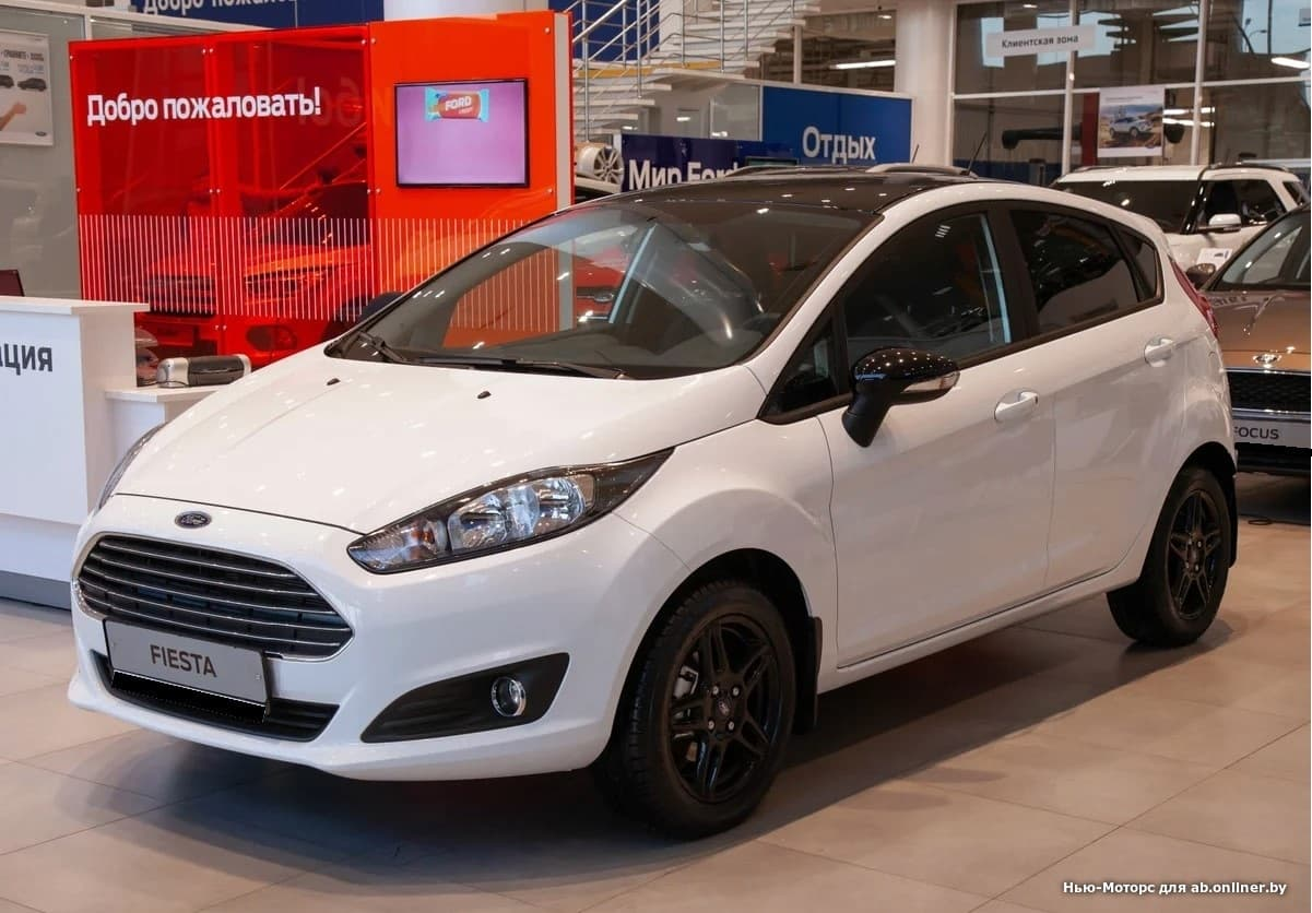 Ford Fiesta White and Black 1.6 л 5MКП