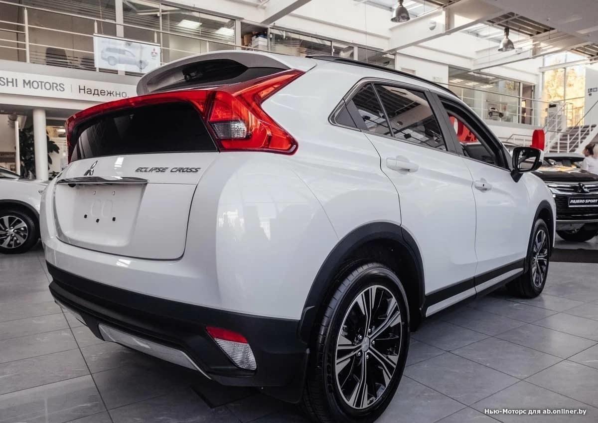 Mitsubishi Eclipse CrossInstyle