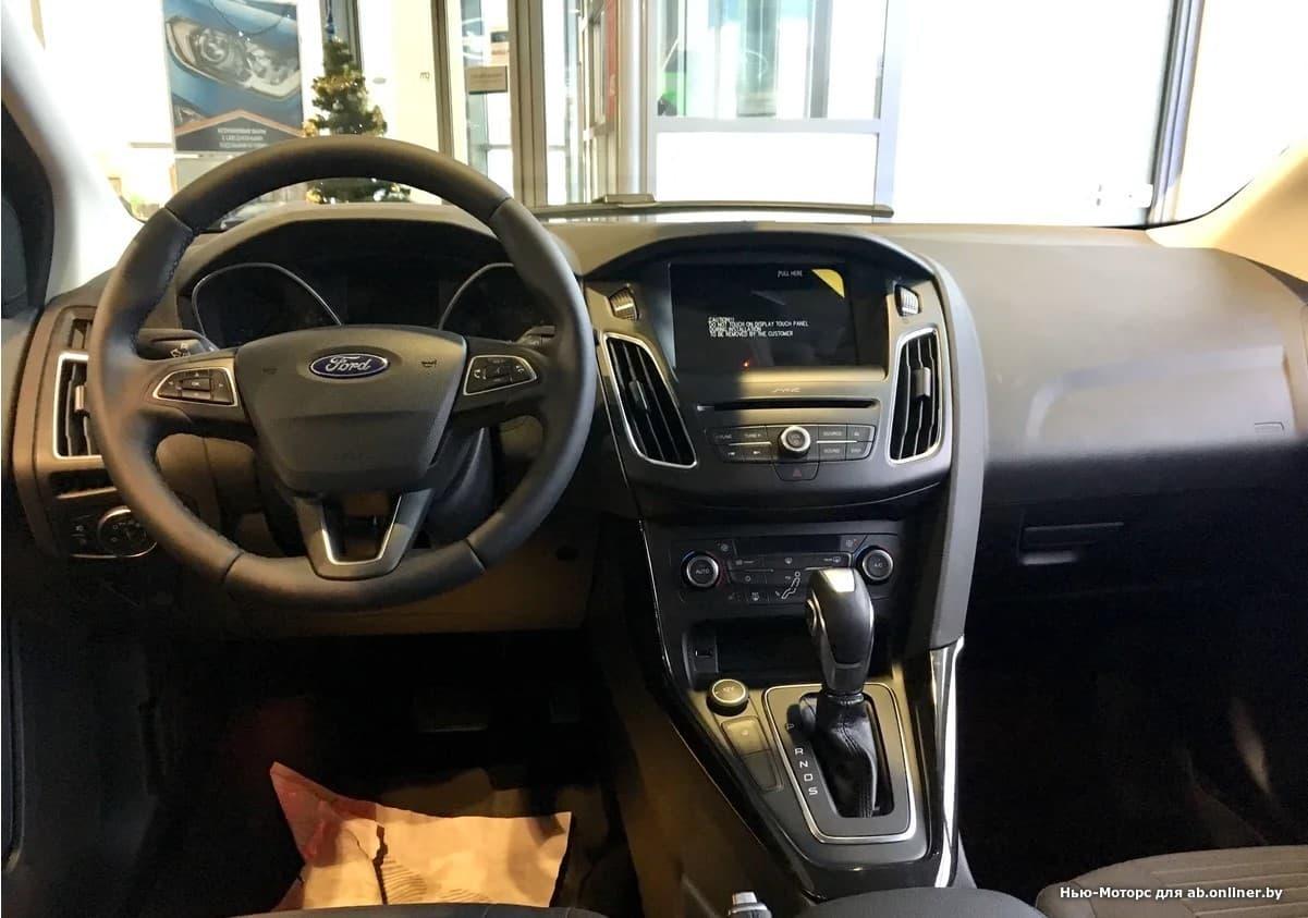 Ford Focus TITANIUM 1.6 л 6АКП
