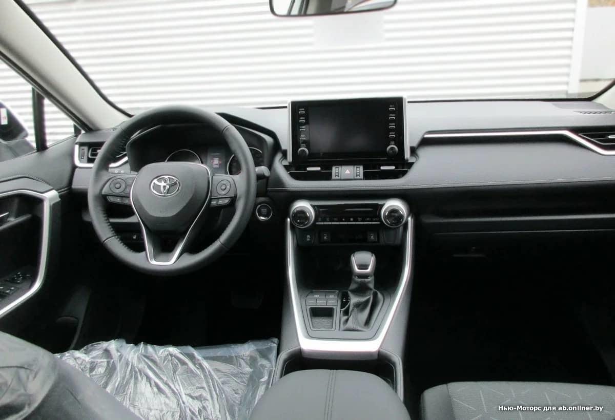Toyota RAV4 Комфорт