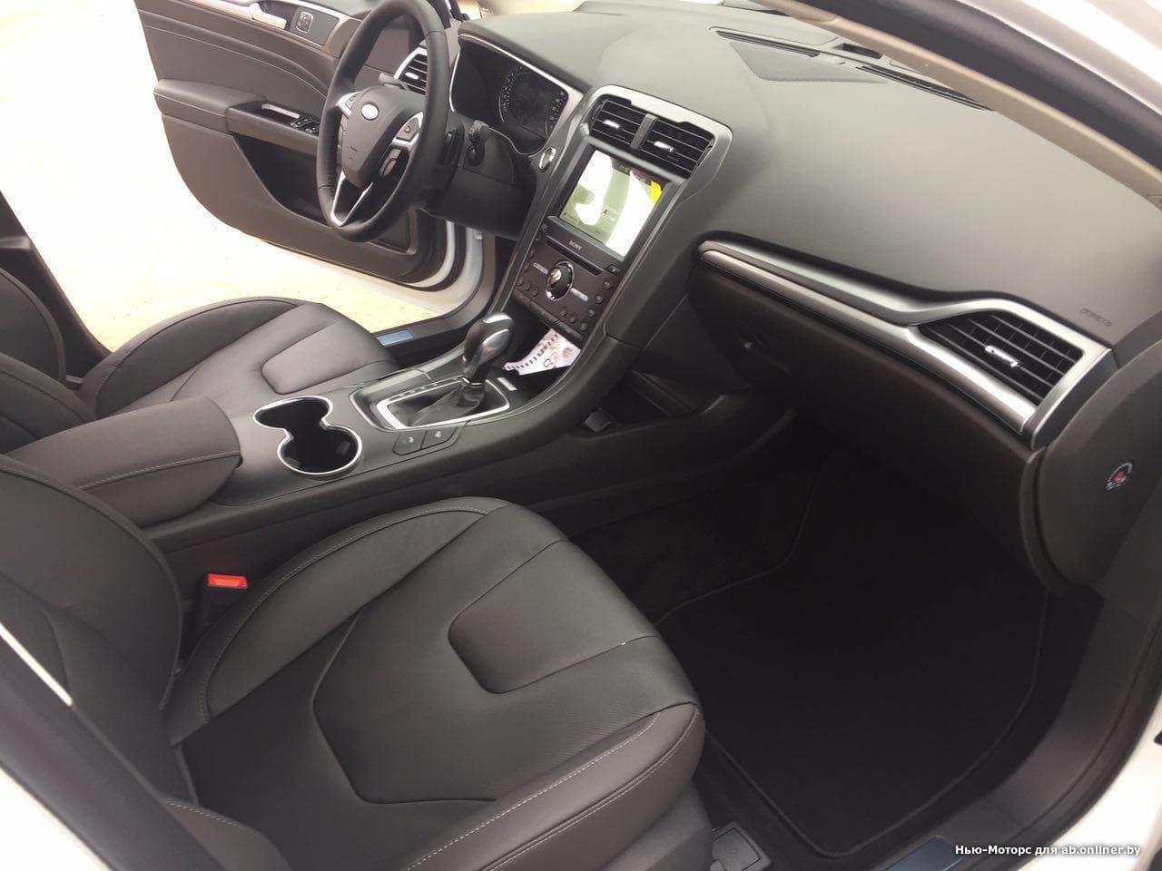 Ford Mondeo 2.0 EcoBoost TITANIUM PLUS