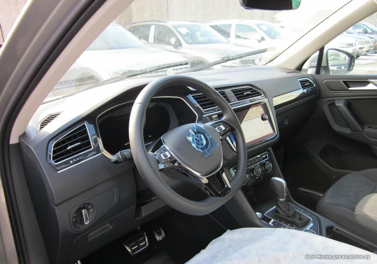 Volkswagen Tiguan Sportline 2.0 TSI 180