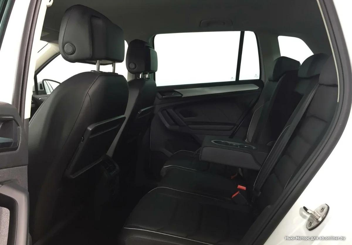Volkswagen Tiguan Sportline 2.0 TSI 220