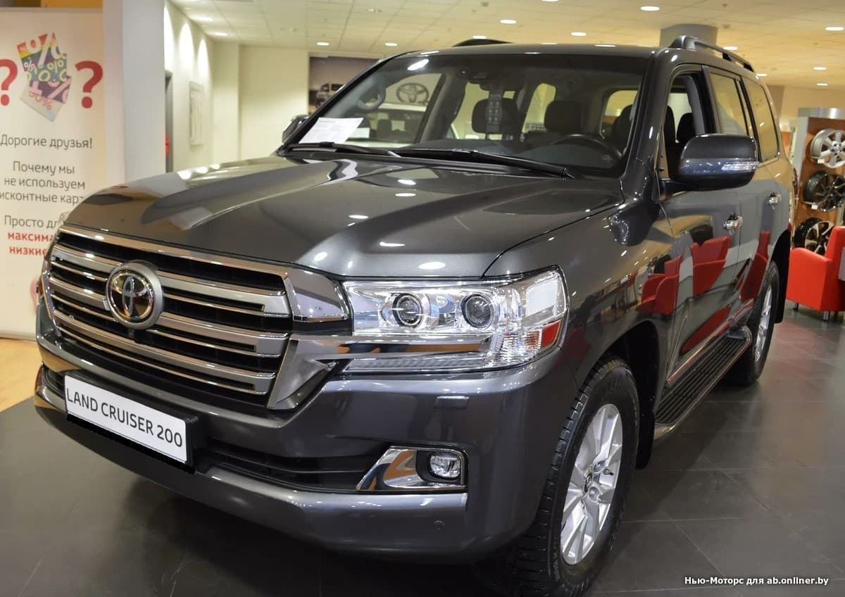 Toyota Land Cruiser 200 Люкс Safety 7 мест