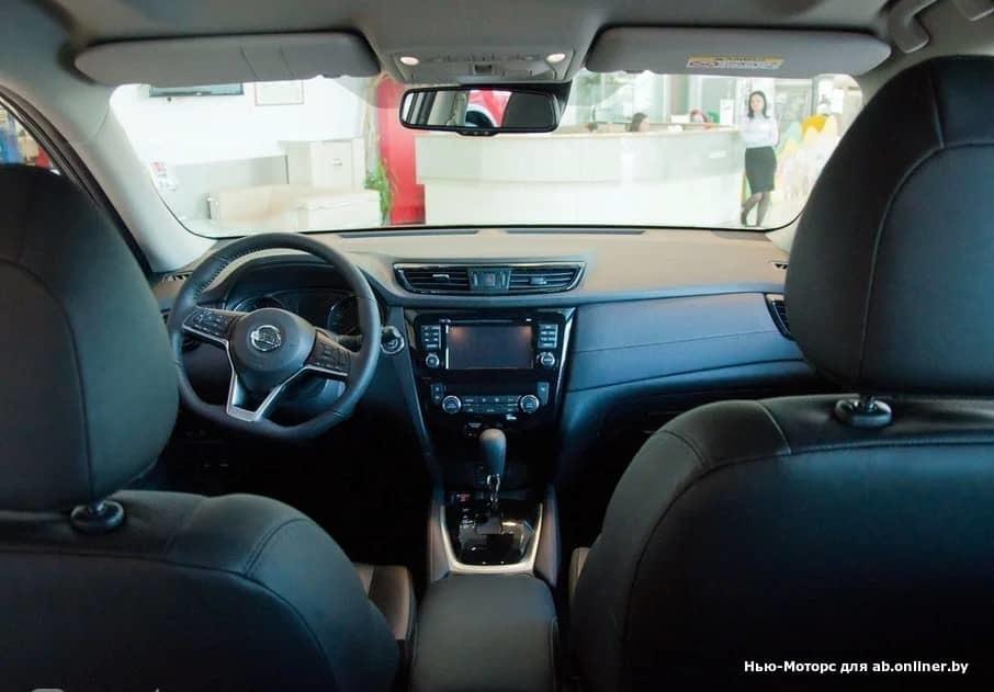 Nissan X-Trail SE+ 2,0 л. 144 л.с. 2WD